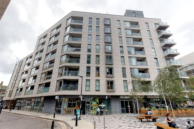 Picture No. 29 of Courtyard Apartments, 3 Avantgarde Place, London E1