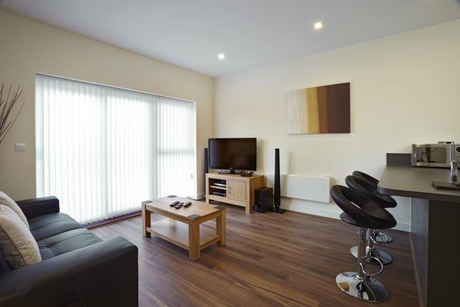 Thumbnail Flat to rent in Kennet Island, Reading