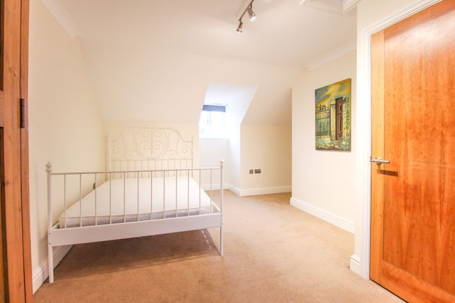 Second Wood Street Nantwich Cw5 3 Bedroom Town House To
