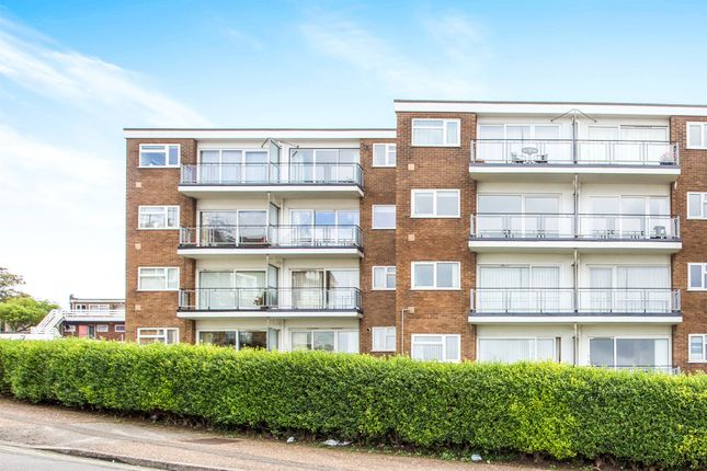 Thumbnail Flat for sale in Cliff Court, Hunstanton