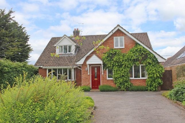 5 bed detached house for sale in Houghton, Stockbridge