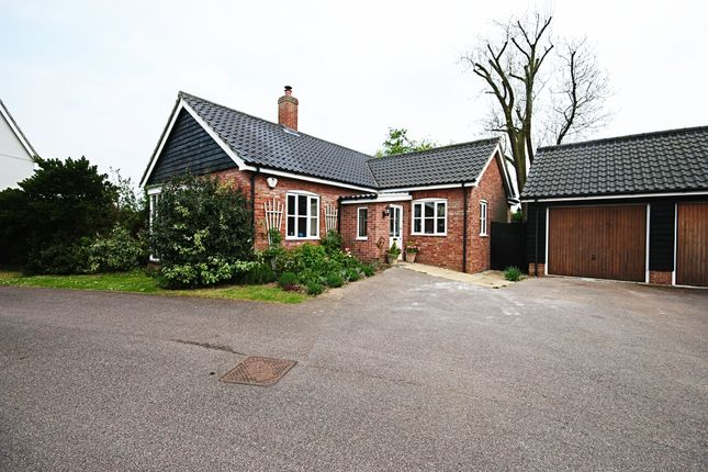 Thumbnail Detached bungalow for sale in Dudleys Close, Redgrave, Diss