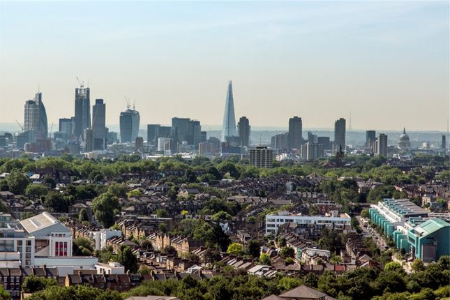 Thumbnail Flat for sale in City North, 3 City North Place, London