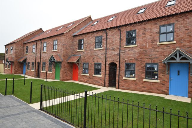 Thumbnail Town house for sale in Church Lane, Crowle, Scunthorpe