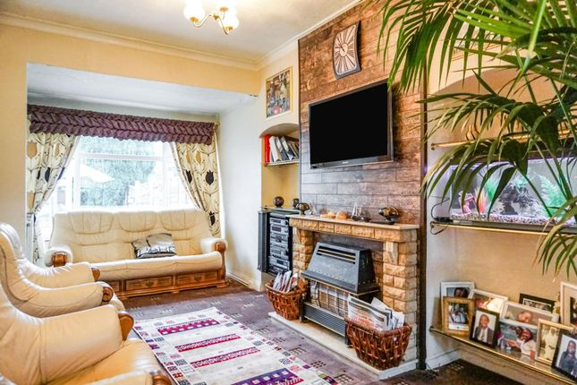 Living Room of Blackburn Avenue, Claregate, Wolverhampton WV6