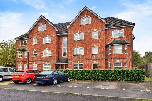 Thumbnail Flat for sale in St. Francis Close, Crowthorne, Berkshire