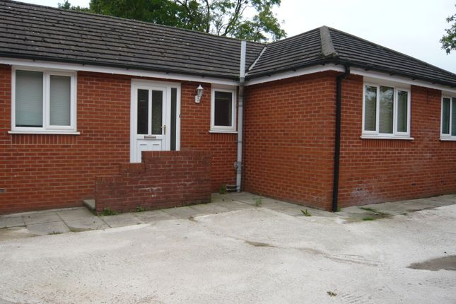 Thumbnail Bungalow to rent in Park Lane, Coppull