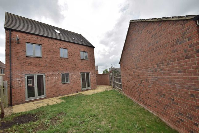 Thumbnail Detached house to rent in Fair Isle View, Oakridge Park, Milton Keynes