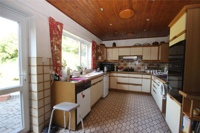 Picture No. 06 of Sauncey Avenue, Harpenden, Hertfordshire AL5