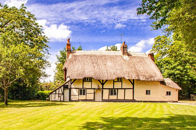 Thumbnail Detached house for sale in Thatched Cottage, Whitchurch Hill