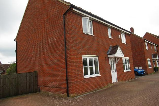 Thumbnail Property to rent in Pedley Way, Bedford
