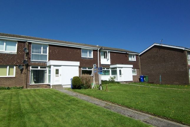 Thumbnail Flat to rent in Woodhill Road, Cramlington