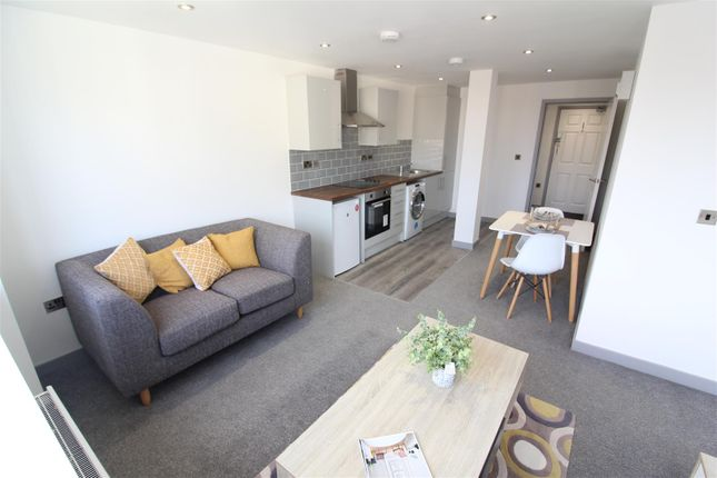 Thumbnail Property to rent in South Street, Hull