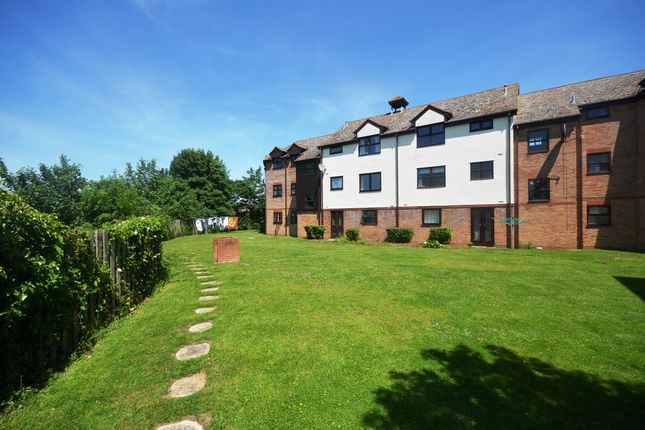 Thumbnail Flat for sale in Hamilton Court, Templemead, Witham