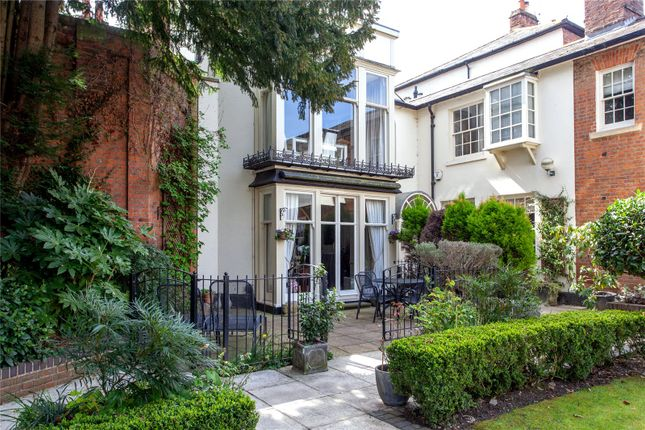 Thumbnail Flat for sale in West Hill Court, Kings Road, Henley-On-Thames, Oxfordshire