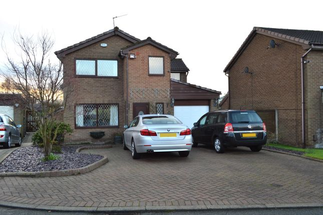 3 bed detached house for sale in Rowanwood, Chadderton, Oldham