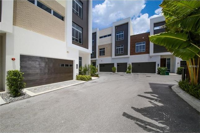 3 bed town house for sale in 261 Cosmopolitan Ct, Sarasota, Florida, 34236, United States Of America