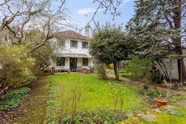 Thumbnail Property for sale in Frognal Gardens, Hampstead Village