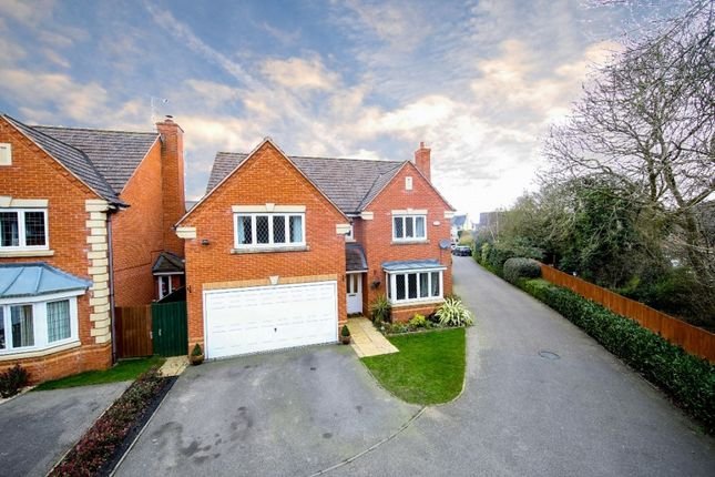 Thumbnail Detached house for sale in Purslane Drive, Bicester