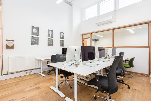 Office to let in Old Street, London