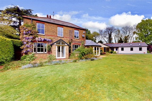 Thumbnail Detached house for sale in Essex Lane, Kings Langley
