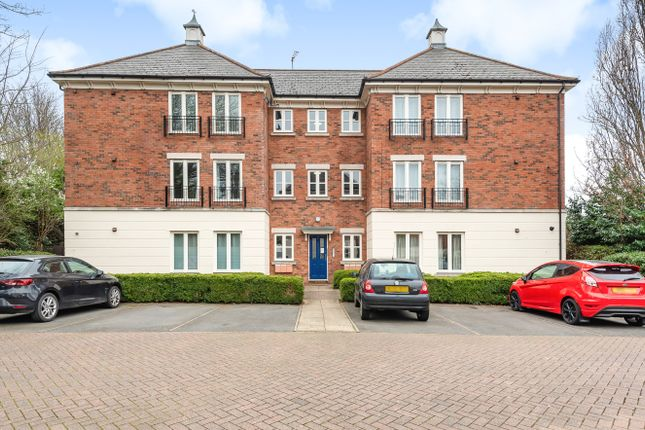 2 bed flat for sale in Lion Court, Worcester WR1