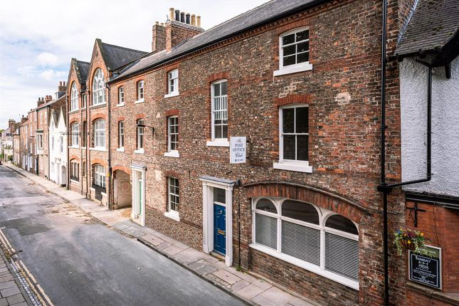 Thumbnail Town house for sale in Marygate, Bootham, York