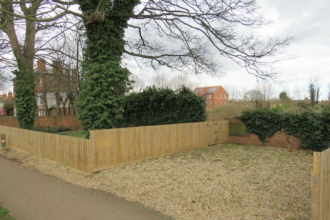 Land for sale in Witham Bank East, Boston