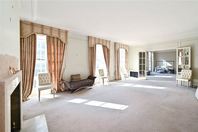 Thumbnail Flat for sale in Portman Square, London