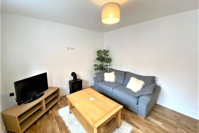 Living Room of Rae Place, Coleshill Road, Nuneaton, Warwickshire CV10