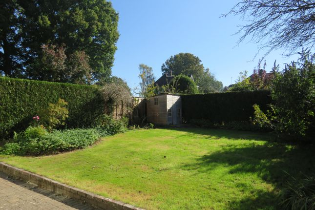 Thumbnail Property to rent in Hickmans Lane, Lindfield, Haywards Heath