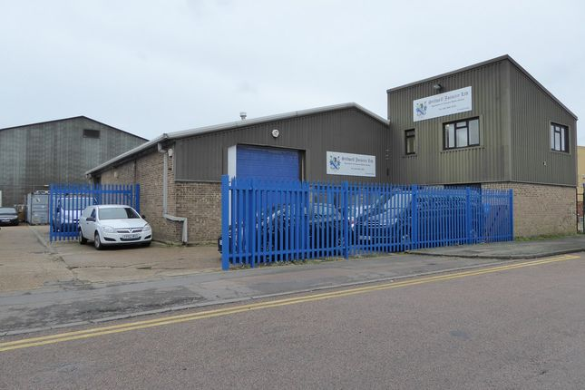 Thumbnail Industrial for sale in Imperial Way, Croydon