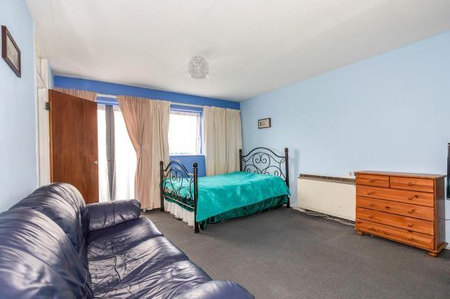 Loung/Bedroom of Cypress Court, Waterloo Street, Cheltenham, Gloucestershire GL51