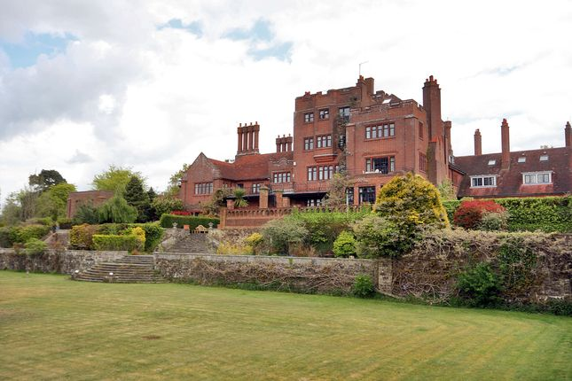 Thumbnail Terraced house to rent in Millbrook Hill, Uckfield, East Sussex