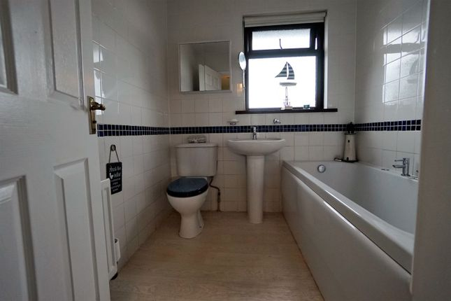 Family Bathroom of Hampton Park, Bangor BT19