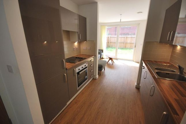 Thumbnail Mews house to rent in Leaf Street, Manchester