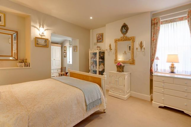 Master Bedroom of Honeypot Cottage, Burre Close, Bakewell DE45