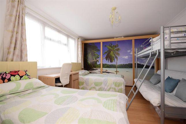 Bedroom 5 of Ellesmere Close, London E11