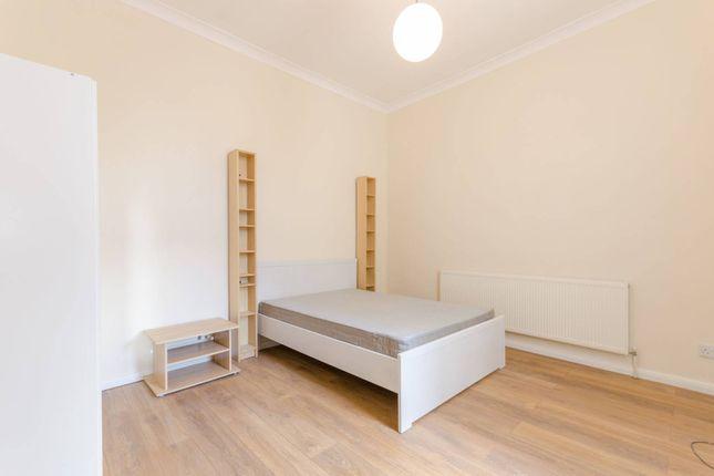 1 bedroom flat to rent in Brighton Avenue, Walthamstow