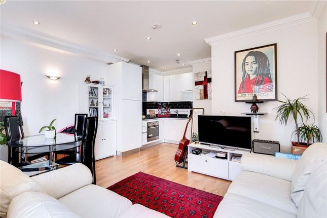 1 bed flat for sale in Mackenzie Road, Islington, London N7