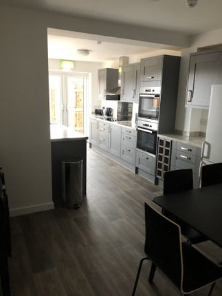 Thumbnail Flat to rent in Hayes Grove, Birmingham