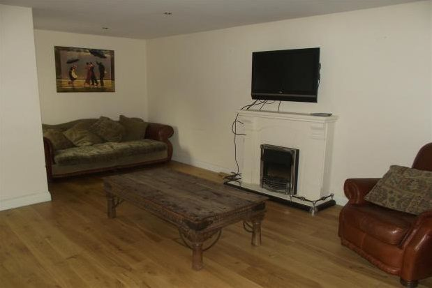 Thumbnail Flat to rent in Cambridge Square, Middlesbrough