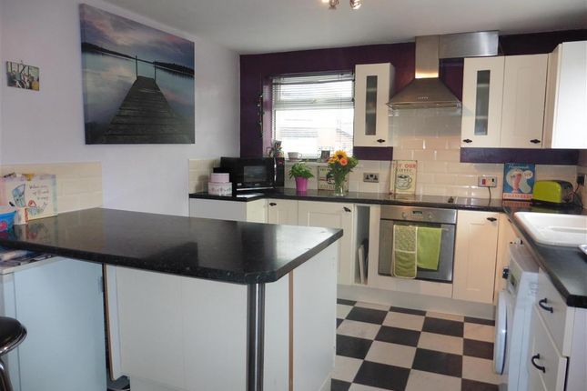 Flat for sale in Avenue Road, Freshwater, Isle Of Wight