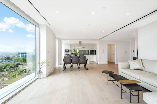 Thumbnail Flat for sale in Verto, King's Road, Reading