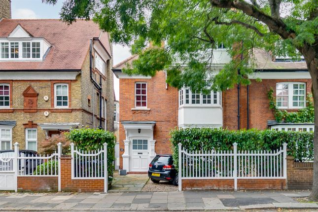 5 bed flat for sale in The Avenue, London W4