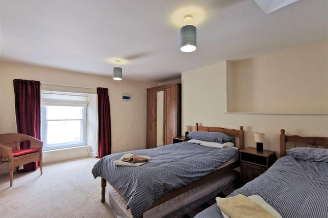 Bedroom 2 of London House, Bridge Street, Newport SA42