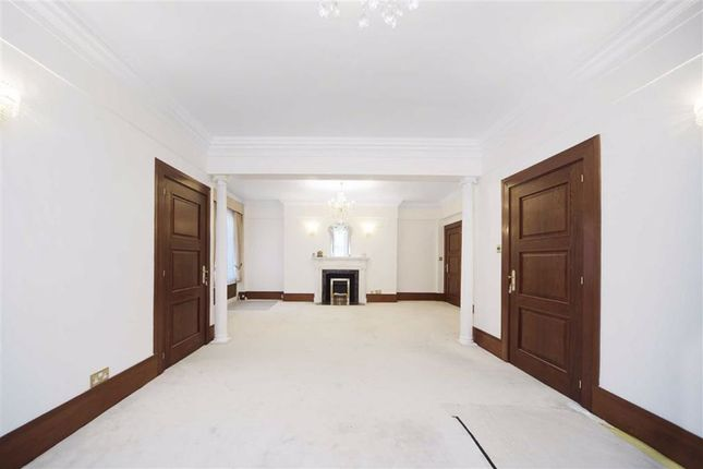 Flat to rent in Marylebone Road, Marylebone, London