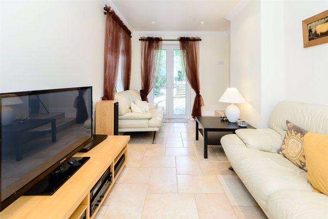 Tv Room of The Leas, Hemel Hempstead, Hertfordshire HP3