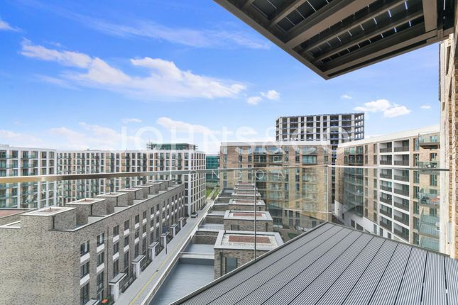 Thumbnail Flat to rent in Commodore House, Royal Wharf