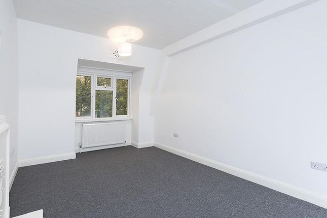 Photo 10 of Wendover Court, Finchley Road, London NW2